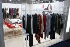 venta-al-por-mayor-ropa-mujer-momad-metropolis-IMG_4046