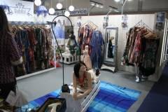 venta-al-por-mayor-ropa-mujer-momad-metropolis-IMG_4062
