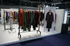venta-al-por-mayor-ropa-mujer-momad-metropolis-IMG_4072
