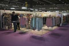 venta-al-por-mayor-ropa-mujer-momad-metropolis-IMG_4090