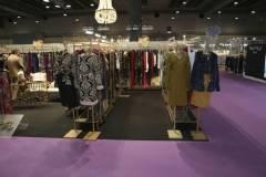 venta-al-por-mayor-ropa-mujer-momad-metropolis-IMG_4095